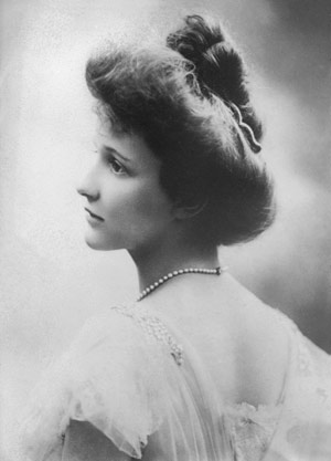 Lady Nancy Astor was as native Virginian who was the first woman to hold a seat in the British Parliament. (Photo source: Wikipedia)