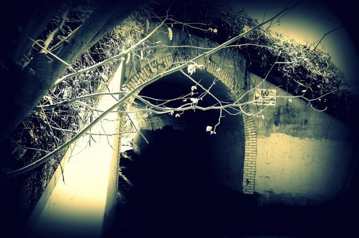 Bunny Man Bridge in Clifton, Virginia has haunted local teens for decades. (Photo source: Flickr user Motoboy92)