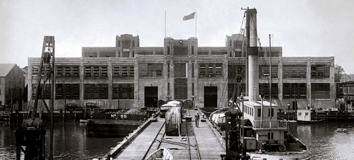Torpedo Factory in 1922. (Source: Library of Congress)