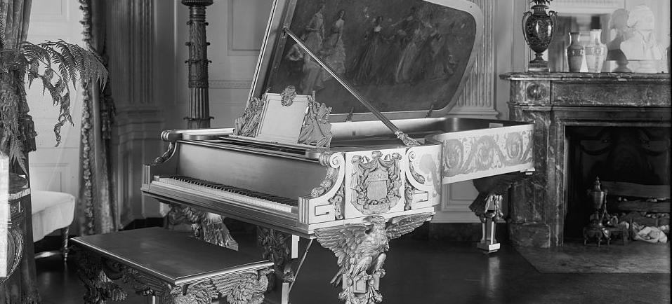 Gold Steinway Piano gifted to Theodore Roosevelt in 1903