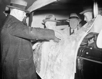 Roosevelt inspecting airport plans