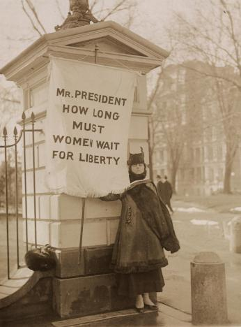 """Silent sentinel"" Alison Turnbull Hopkins at the White House on New Jersey Day.  (Source: Library of Congress)"