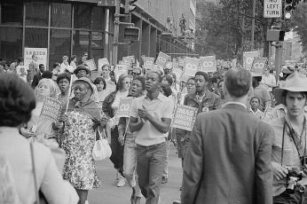 Poor People's March near Layfette Park on Connecticut Avenue on June 18, 1968. (Photo source: Library of Congress)
