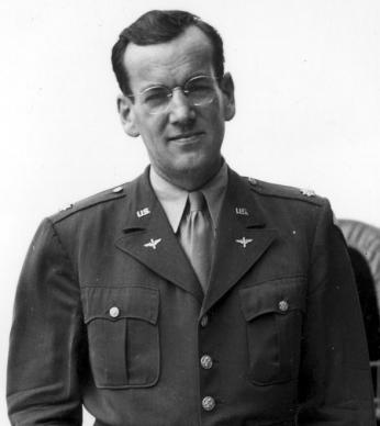 Glenn Miller during his service in the US Army Air Forces (Photo Source: Wikimedia Commons) https://commons.wikimedia.org/wiki/File:Glen_miller.jpg