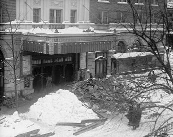 Rubble outside of Knickerbocker theatre following collapse. (Source: Library of Congress)