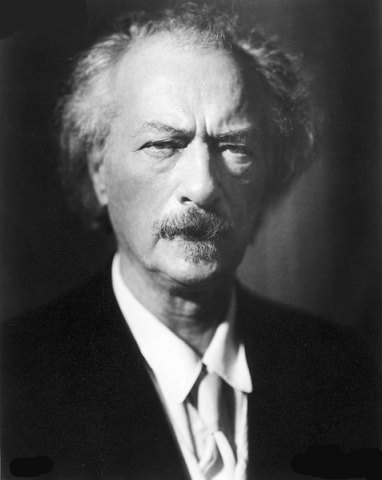 Ignacy Jan Paderewski, Polish hero buried at Arlington National Cemetery. Credit: Wikimedia Commons