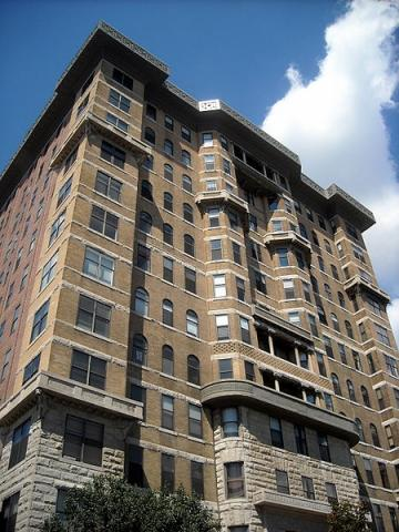 The Cairo apartments, one of DC's most exotic pieces of architecture. Credit: AgnosticPreacherKid, via Wikimedia Commons