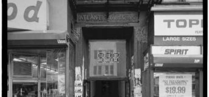 The entrance to the original 930 Club in the Atlantic building at 930 F Street NW. Credit: Library of Congress