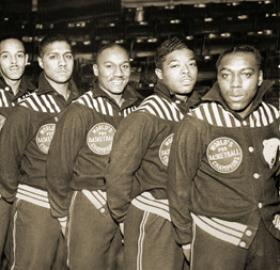Washington Bears basketball team (Source: BlackFives.org)